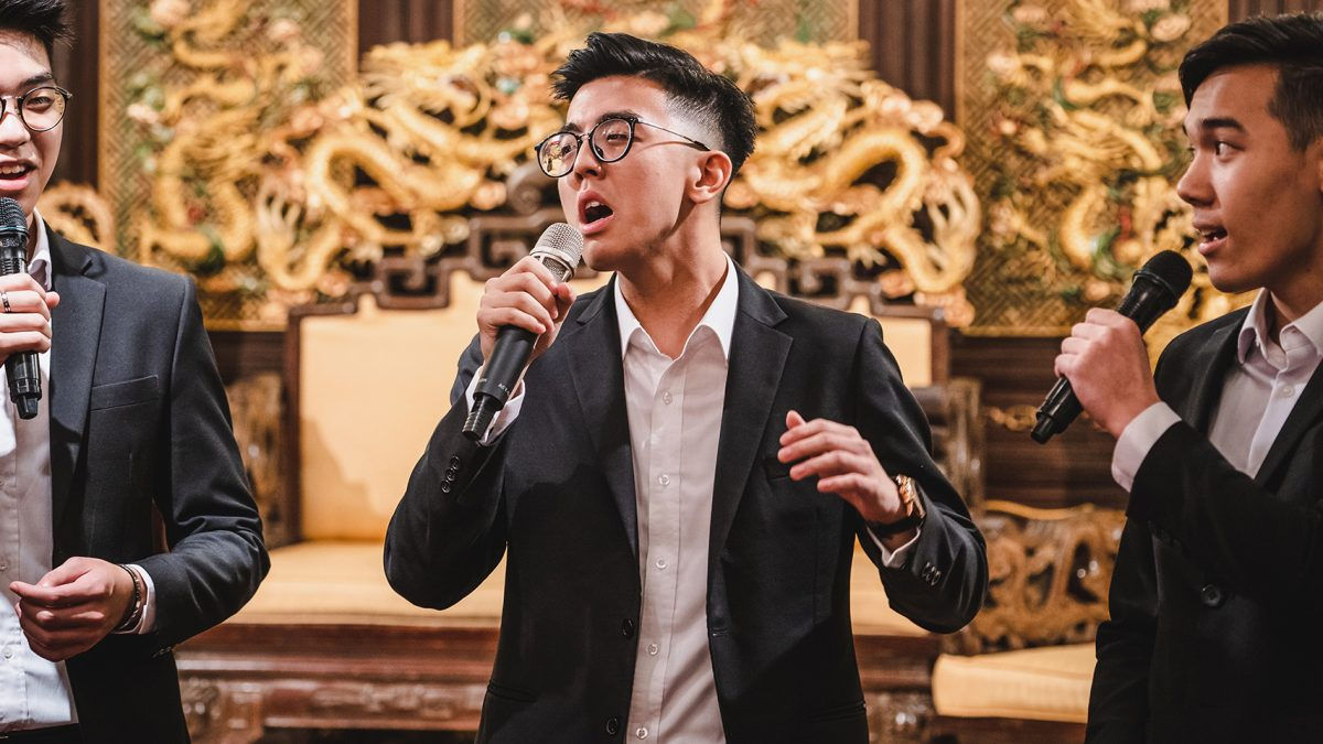 Samson-huang-cuhk-business-school-acapella-performance-2